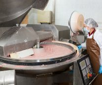 How Food Manufacturers Can Make the Best Blending Decisions Every Time
