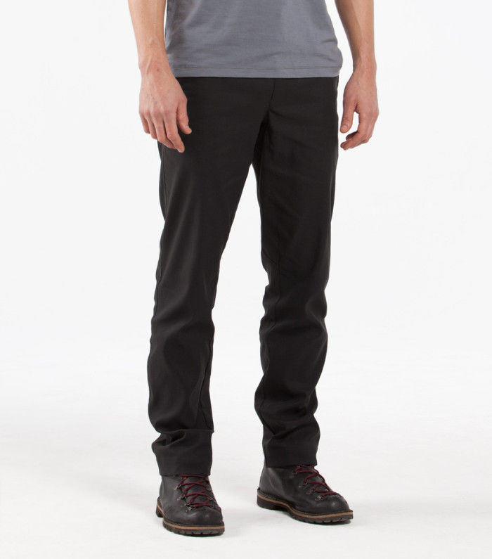 301-OUTLIER-Futureworks-Front