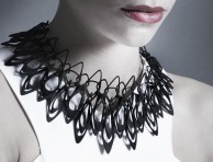 LACE-stria-necklace2