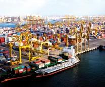 海運のサバイバル・ガイド〜コンテナ船の大型化と効率化との両立