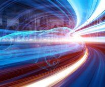 【モビリティの未来】燃料の種類や自動車の所有形態、ドライバーの制御域の嗜好の変化は、自動車メーカーの課題をますます複雑に