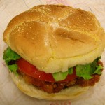 800px-DQ_Crispy_Chicken_sandwich-1