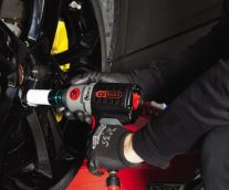 Providing a hand tools supplier with a new tool