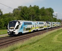 Stadler Rail Simulates Train Safety with FEA