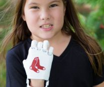 8-Year-Old with 3D-Printed Hand Throws Opening Pitch for Red Sox on #Journeyto30